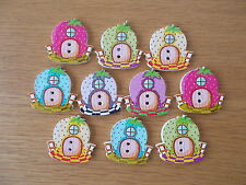 10 NEW WOODEN MIXED FAIRY HOUSE SHAPED BUTTONS. SEWING SCRAPBOOK CRAFTS  #001