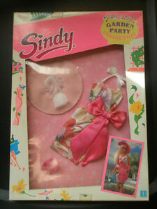 Vintage Sindy 's doll Dress, Garden Party Collection, 1990 Hasbro.