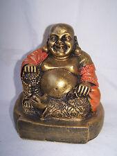 Happy Buddha, sitzend, in oranger Jacke * Restposten *