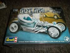 "2010 Discontinued Revell 4294 1/25 Ed ""Big Daddy"" Roth  Outlaw model kit new in"