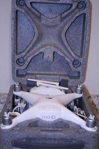 DJI Phantom 4 Drone (White) w/case - ***Pre-Owned***