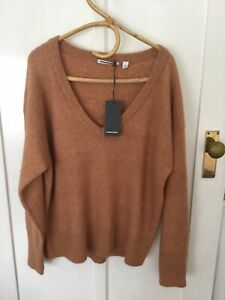 Country Road Relaxed Vee Neck Fluffy Knit Jumper Size Medium