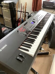 yamaha s90xs 88 key Professional synthesizer/stage Piano Heavy Duty Case & Stand