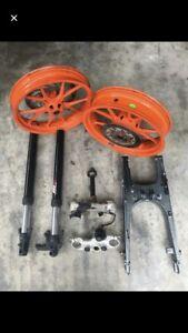 Ktm Duke 200 @ 390 Bike Parts