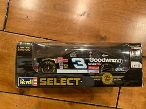 Dale Earnhardt Revell Select Limited Edition 2001 1:24 Scale Authentic