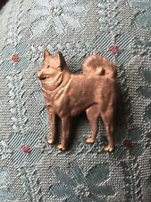 More details for vintage 50s gold plated kenart skipperke,schipperke with a tail belgian dog pin