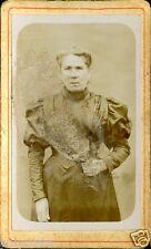 Photo ancienne sur carton format CDV Portrait  femme âgée