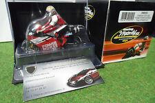 MOTO YAMAHA YZR 500 #11 de 1997 Troy Corser au 1/24 ONYX XM059 miniature