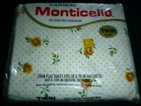 NOS Vtg Cannon Monticello Twin Flat Sheet Yellow Roses & Dots 50/50 Muslin
