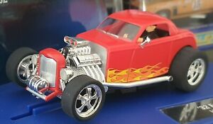 CARRERA 30400 FORD HOTROD 1932-PERFORMANCE-MINT IN ORIGINAL BOX-SUIT SCALEXTRIC