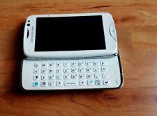 Sony Ericsson Txt Pro CK15i  in weiß ( defekt )
