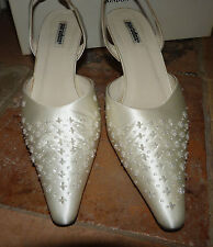 Wedding shoes by Paradox Size 39 slingbacks Ivory Duchesse Silk leather soles