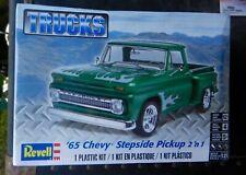 Revell 1965 Chevrolet Stepside Pickup Truck 1:25Th Scale Model 2 n1 Kit Sealed