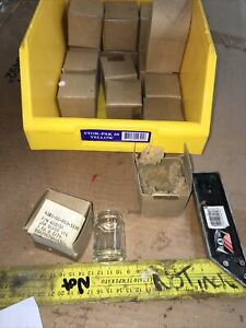 Qty 4 glass oil Filter Jar p/n aa935a nsn 4330-00-869-5590 Price Is For 4
