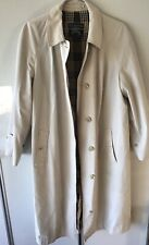 Women's Burberry Beige Trench Coat Size Large