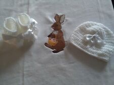 HAND MADE CROCHET BABY BLANKET SET WHITE IN FLEECE  AND CROCHET HAT AND BOOTTIES