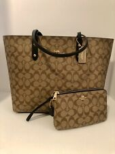 Coach 76636 Town Tote Signature Canvas Khaki Black With Matching Wallet F16109