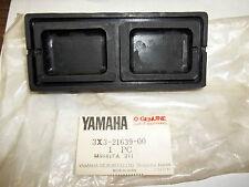 NEW NOS YAMAHA TRI MOTO YT125 1980 DISCONTINUED 3X3-21639-00 FENDER DAMPER