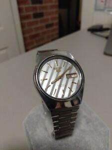 Seiko 5 7009 Vintage Automatic