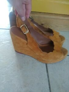 Vanessa London Tan Suede Wedge Sandals Size 6.5  PERFECT L@@K  rrp£90