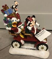 Santa Mickey Car Figurine / Holiday Disneyland Paris Noël