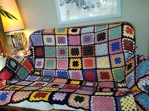 Vintage Granny Squares Knitted Crochet Wool Blanket / Throw / Bedspread
