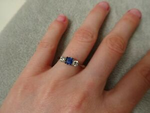 18ct Gold Sapphire & Diamond Ring Size O Vintage & in Box