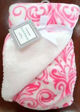 Cuddly Blanket Baby Girls Damask Print Blanket Bright Pink/White Polyester 30x40