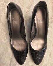 Worthington Black Crocodile Skin Designer Fashion Shoes Size 9 M 3 inch Heel