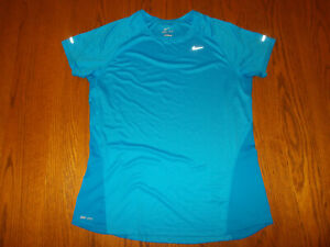 NIKE MILER DRI-FIT SHORT SLEEVE BLUE REFLECTIVE RUNNING TOP WOMENS LARGE EXCELL