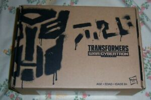 Hasbro WFC-GS02 Transformers Generations Select Red Wing  (Target Exclusive)