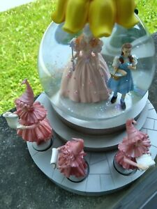 """Musical """"we're off to see.""""  Snow Globe munchkin Lullaby Girls Revolving.  NEW W"""