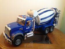Bruder 1:16 Scale Mack Granite Cement Mixer Truck