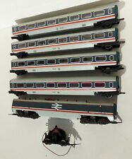 More details for 5 apt coaches to extend older hornby set - see details      (chp15)