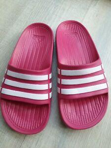 Adidas Badesandalen Gr. 33, Badelatschen Mädchen, pink, neuw.