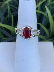 Ring Bomb Party Size 6 Garnet And White Topaz Ring