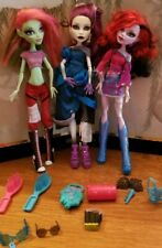 Monster High Dolls Venus, Spectra & Operetta Full outfits + 10 Accessories