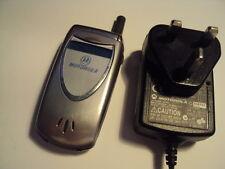Original Retro facile semplice Senior Anziani Bambini Motorola V60I Sbloccato + CARICABATTERIE