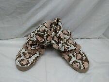 Muk Luks Boots Womens Knit  size 5 - 6 pink brown white