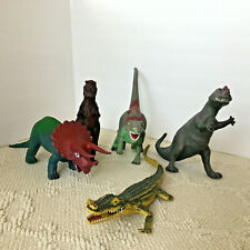 Vintage Jurassic Park Dor Mei Ceratosaurus Mix Lot Of 5 Dinosaur Action Figure
