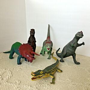 Vintage Jurassic Park Dor Mei Ceratosaurus Mix Lot Of 5 Dinosaur Action Figure