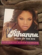 RIHANNA SIGNED MUSIC OF THE SUN PON DE REPLAY CD EXCLUSIVE W/COA+PROOF RARE WOW
