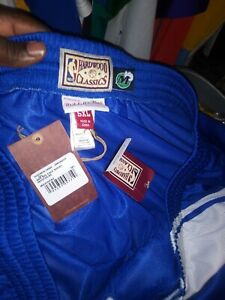 Dallas Mavericks Mitchell Ness Shorts 5x swingman nwt