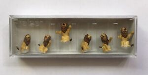 Preiser #20381 SEATED LIONS Circus Performing Big Cats 6 figures MIB