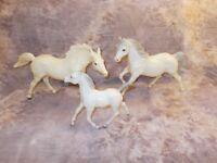 Breyer  ALABASTER Running Stallion, Mare, & Foal Super Rare Complete Family