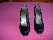 Chaussures femme, escarpins en cuir noir, pointure 40