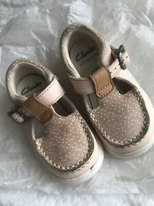 Infant Girls Clarks Shoes Size 4F