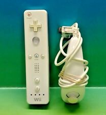 Nintendo Wii White Wii Remote Wii Controller & Nunchuck OEM Controller Bundle