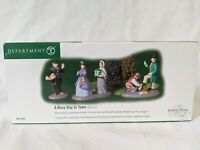 """Dept. 56 Dickens Village """"A Busy Day In The Town"""" 58581 With Box"""