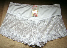 Panty Slip aus Spitze 0439 weiss sexy Softmaterial Gr.46